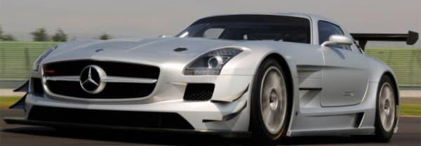 Автомобиль Mercedes-Benz SLS AMG GT3 вид спереди