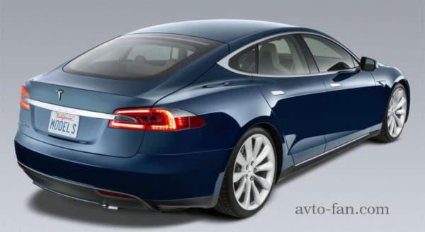 Tesla Model S вид с боку - задняя часть
