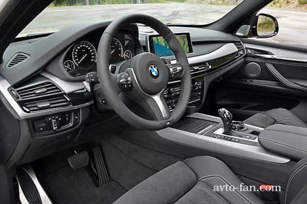 В салоне BMW X5