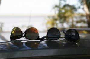 Чем очки для водителя отличаются от пляжных