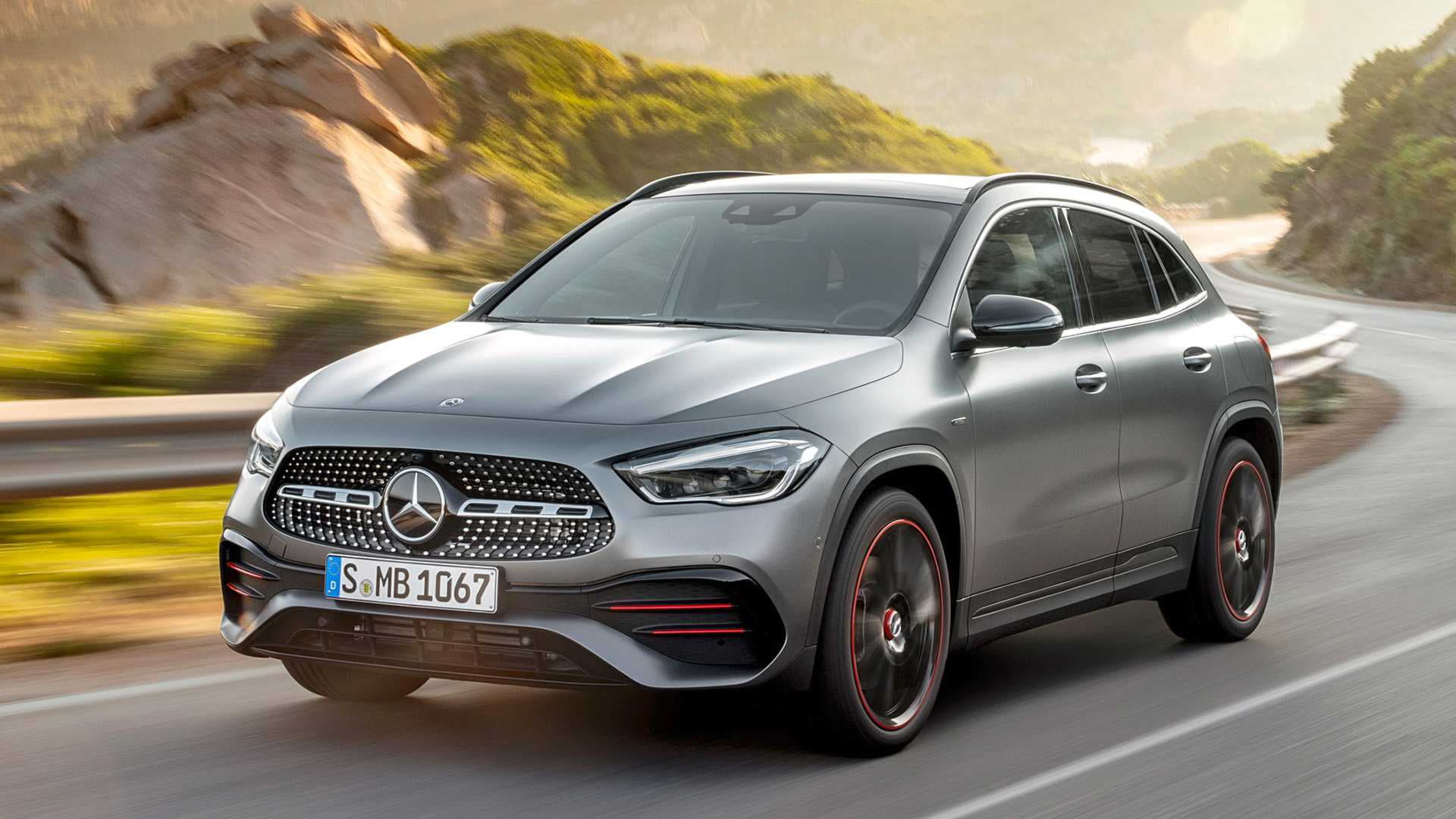 Mercedes GLA - что нового?