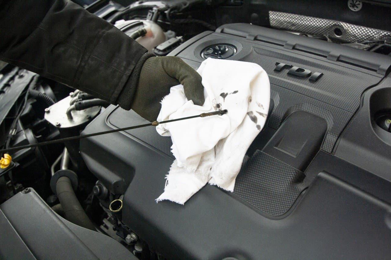 Действительно ли опасно почерневшее моторное масло?