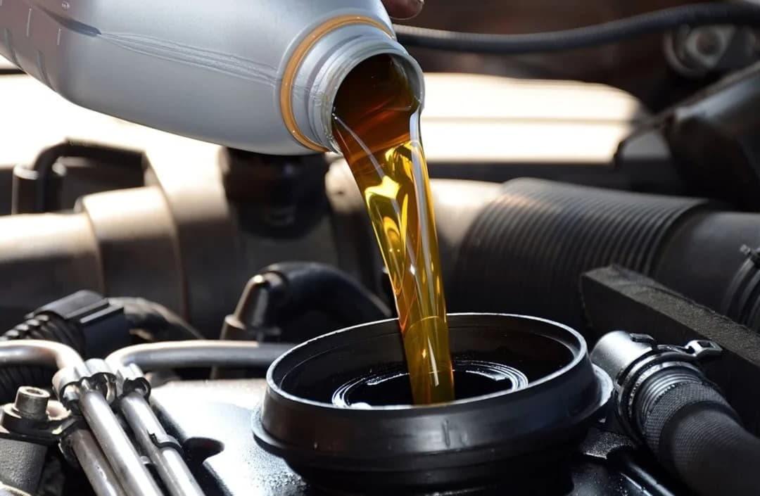 Что делать, если двигатель автомобиля начал расходовать масло