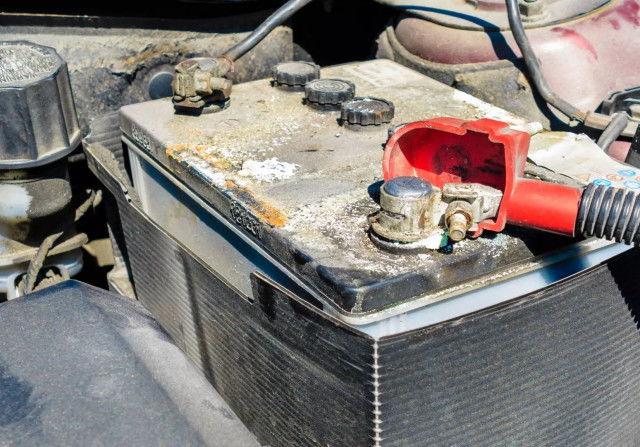 Пять ошибок, убивающих автомобильный аккумулятор